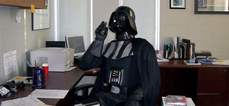 Darth Vader en la Oficina