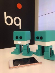Zowi el robot educativo de BQ