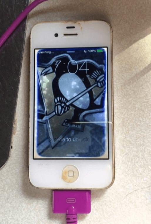 iPhone 4 sobrevive