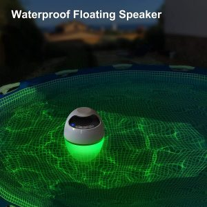 uekears luces en la piscina