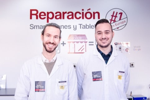 tecnicos de reparacion de moviles y tablets phone service center
