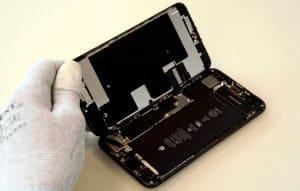iPhone-8-Plus-abierto-como-un-libro 2