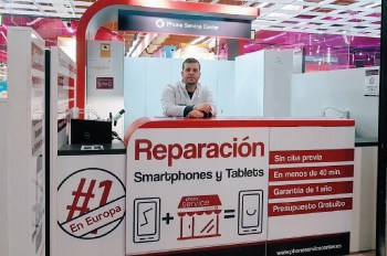 reparacion-de-iphone-en-barcelona-en-carrefour-la-maquinista-phone-service-center